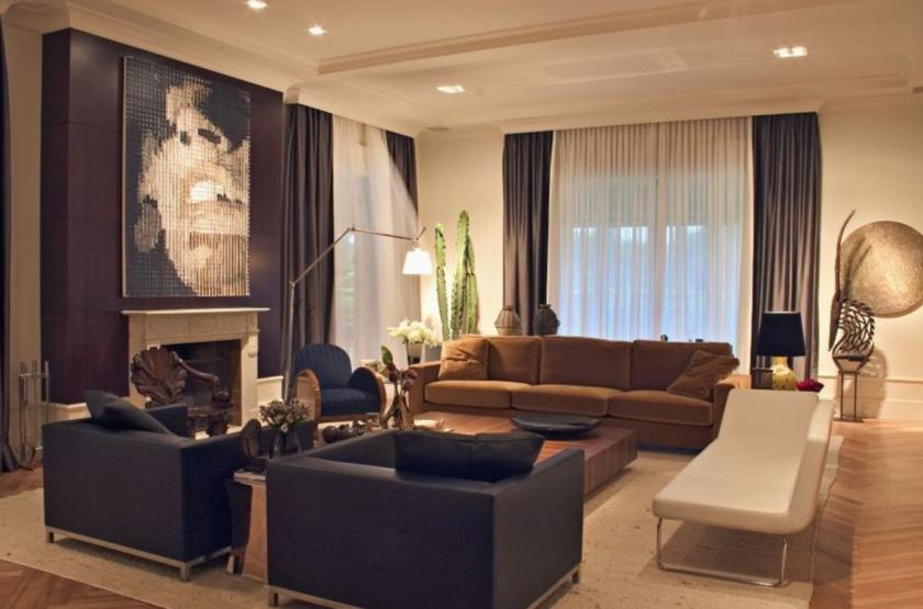 Фото интерьер гостиной со шторами