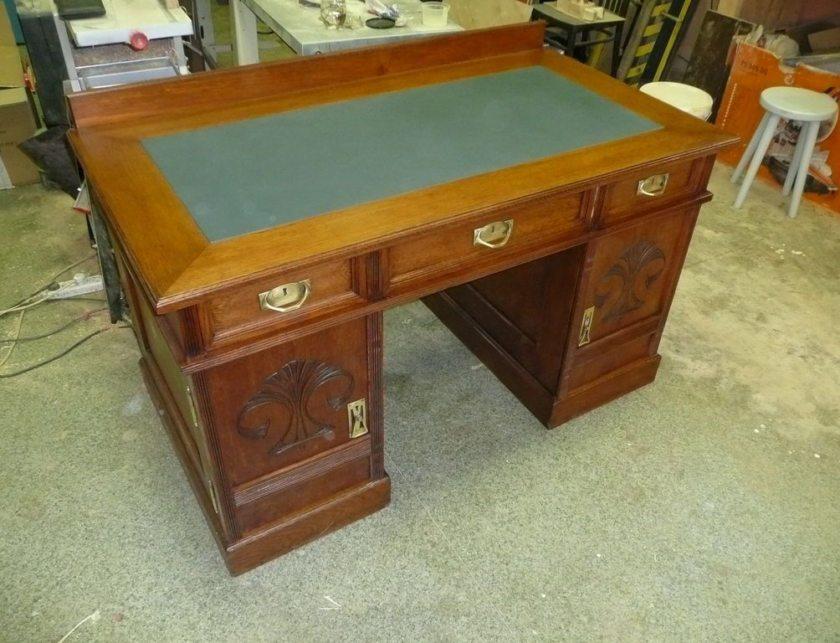 Как реставрировать письменный старый стол своими руками 1010