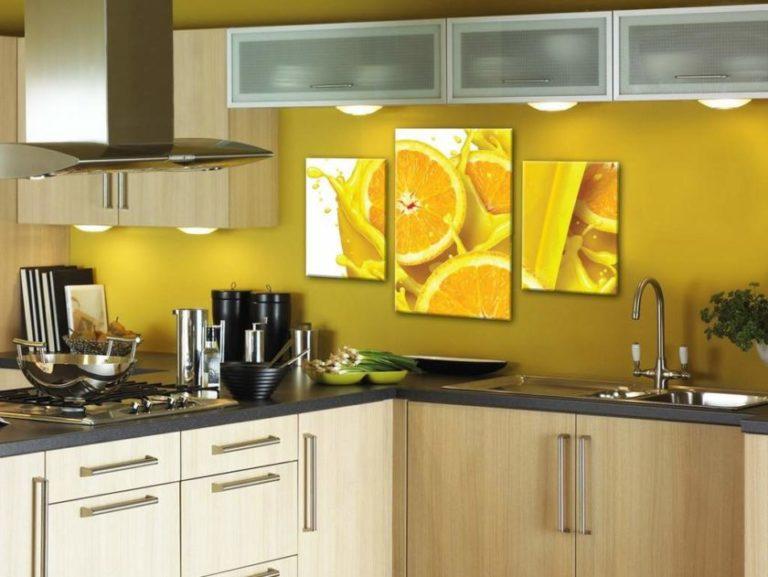 Модульные картины в интерьере кухни реальные фото